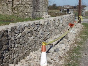 High quality stone wall building in Portnahinch by RSS workers