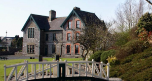 Abbeyleix Heritage House Heritage Centre was established in 1993 on the site of the North School or Old Boys School.